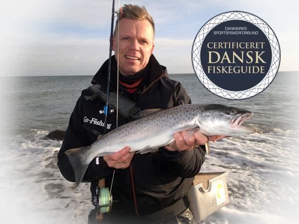 certificeret fiskeguide Niklas Albrechtsen go fishing saltfly fyn seatroutguide